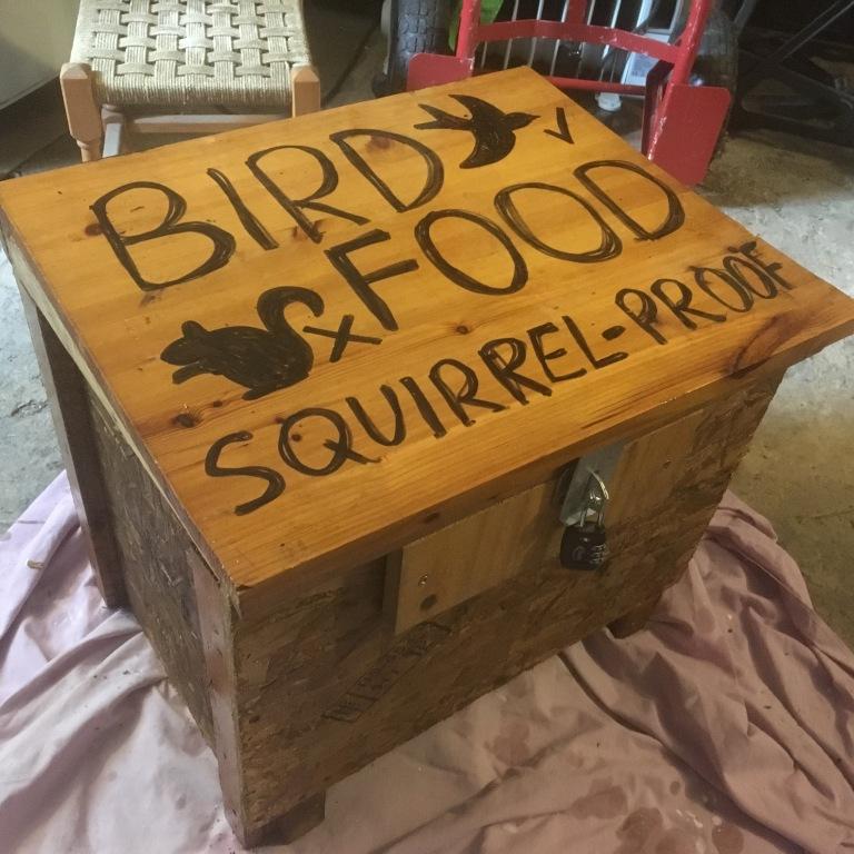 20170727_squirrelproofbox